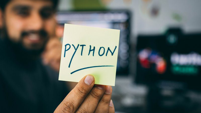 What is the Best Python IDE for Data Science?